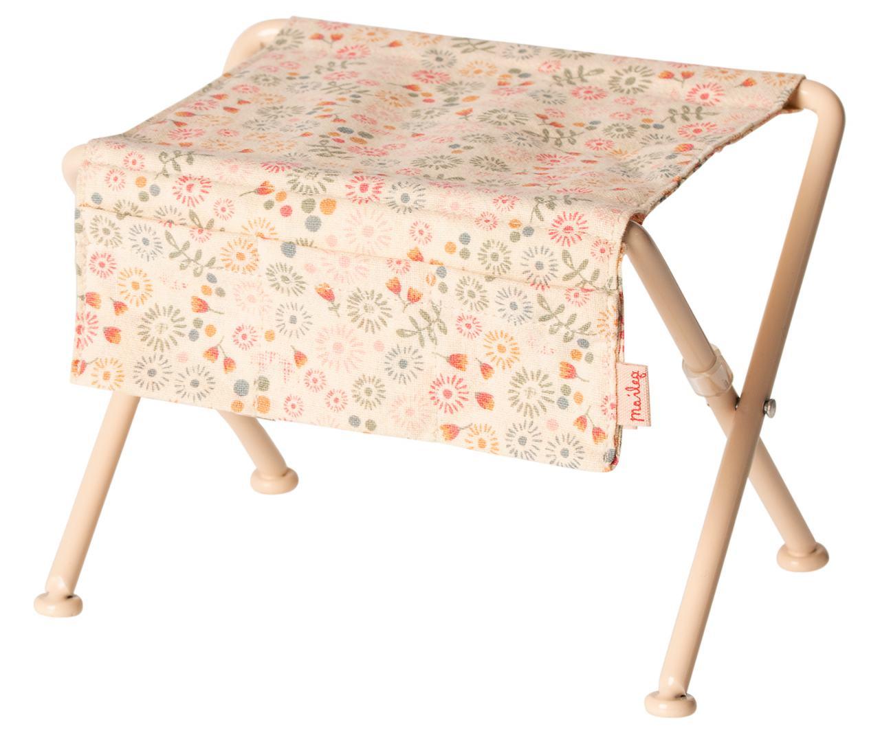 Maileg Kindergarten Tisch